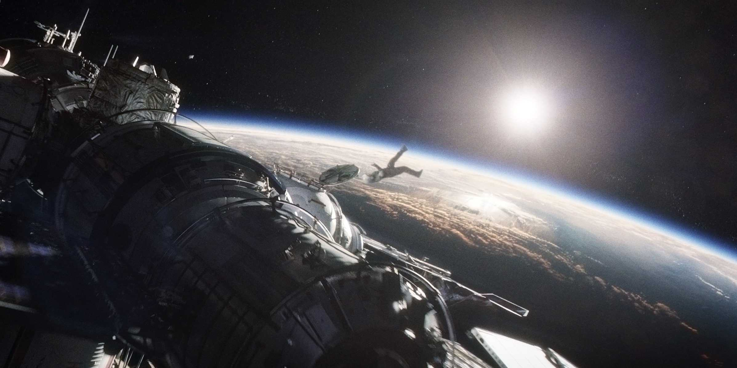 Gravity - DC FilmdomDC Filmdom | Entertainment reviews by ...