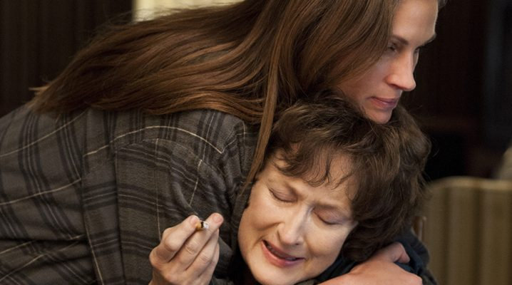 MERYL STREEP and JULIA ROBERTS star in AUGUST: OSAGE COUNTY