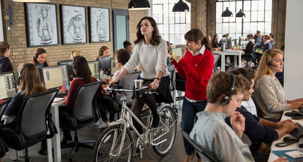 The Intern Movie Reviewdc Filmdom Entertainment