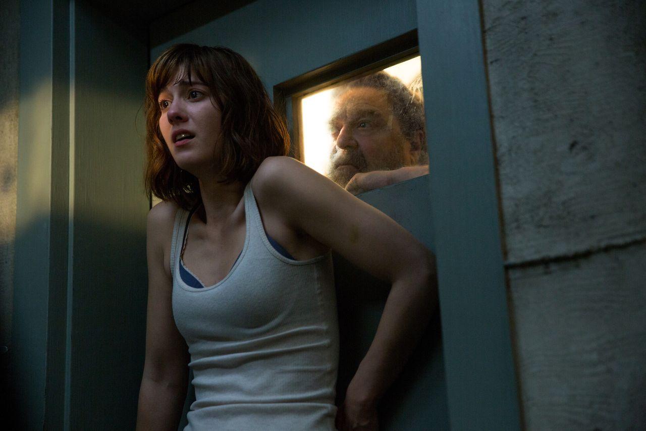 10 Cloverfield Lane Movie Reviewdc Filmdom Entertainment Reviews Michael Parsons