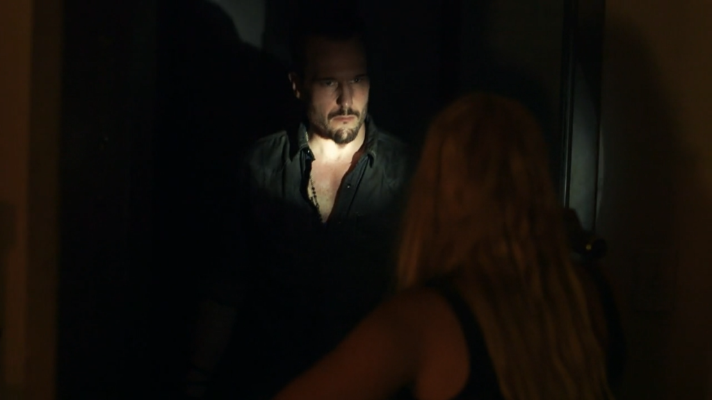 Dark_Screencap_5